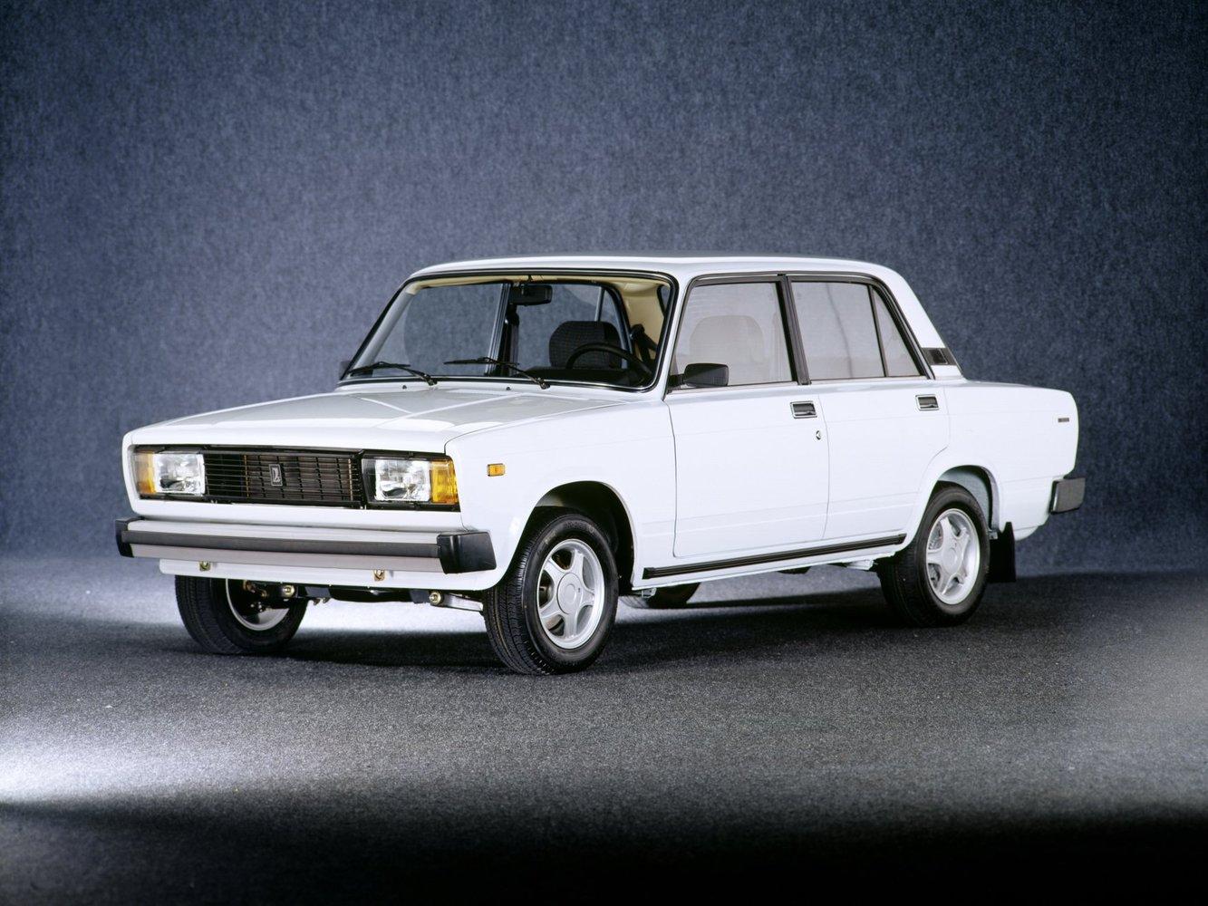 седан ВАЗ (Lada) 2105