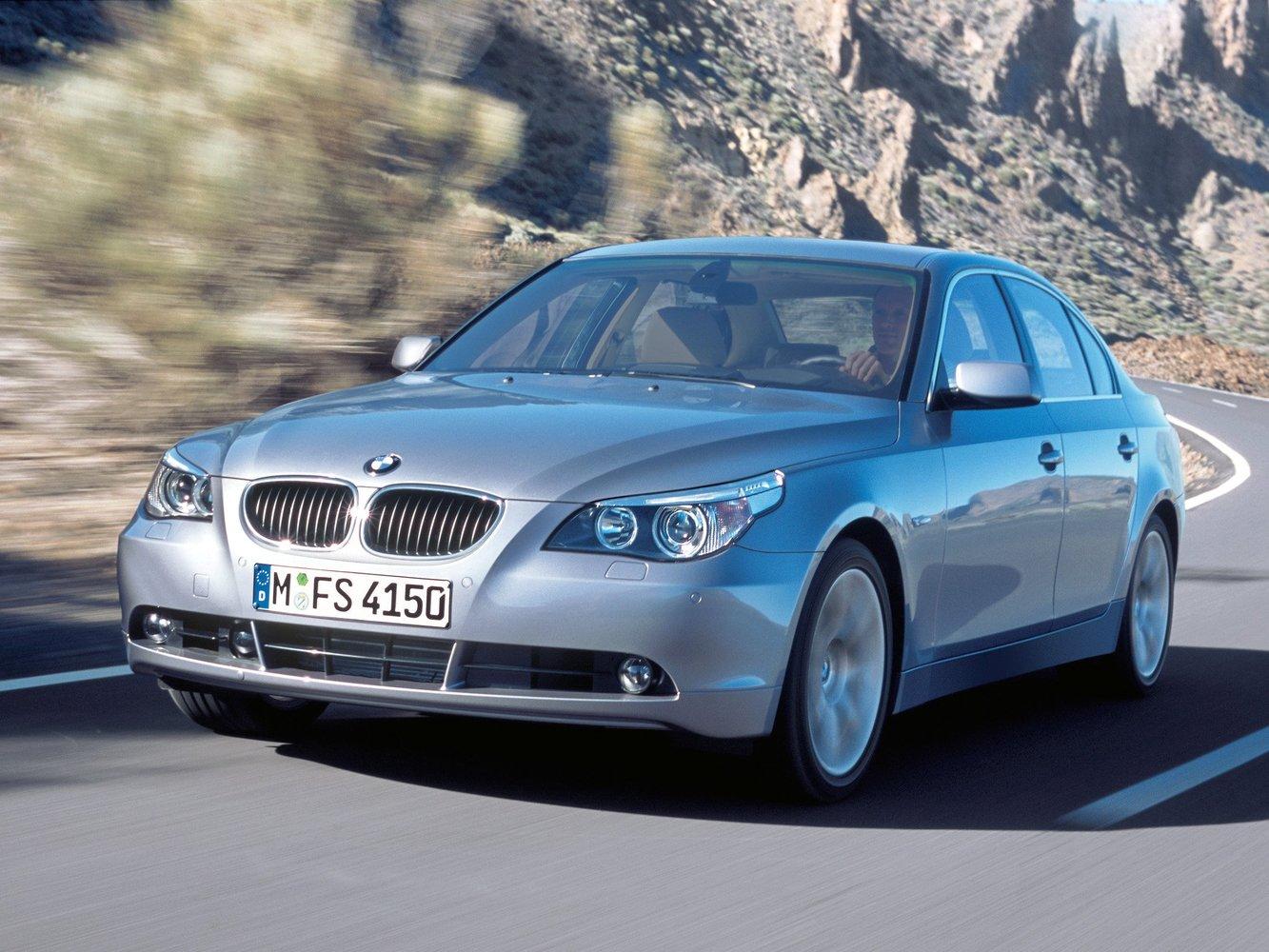 седан BMW 5er