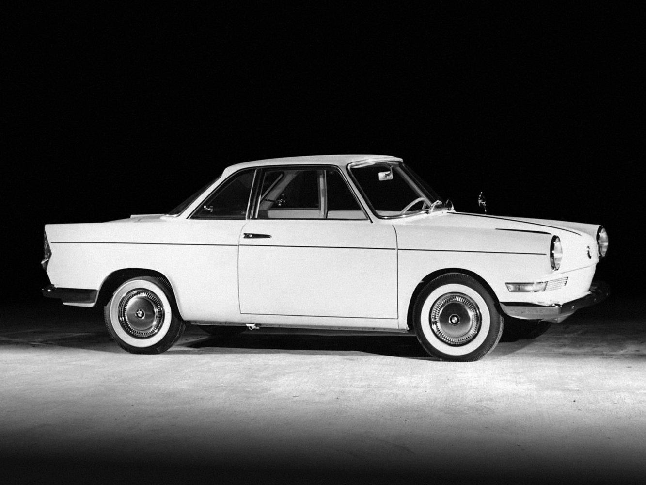 bmw BMW 700