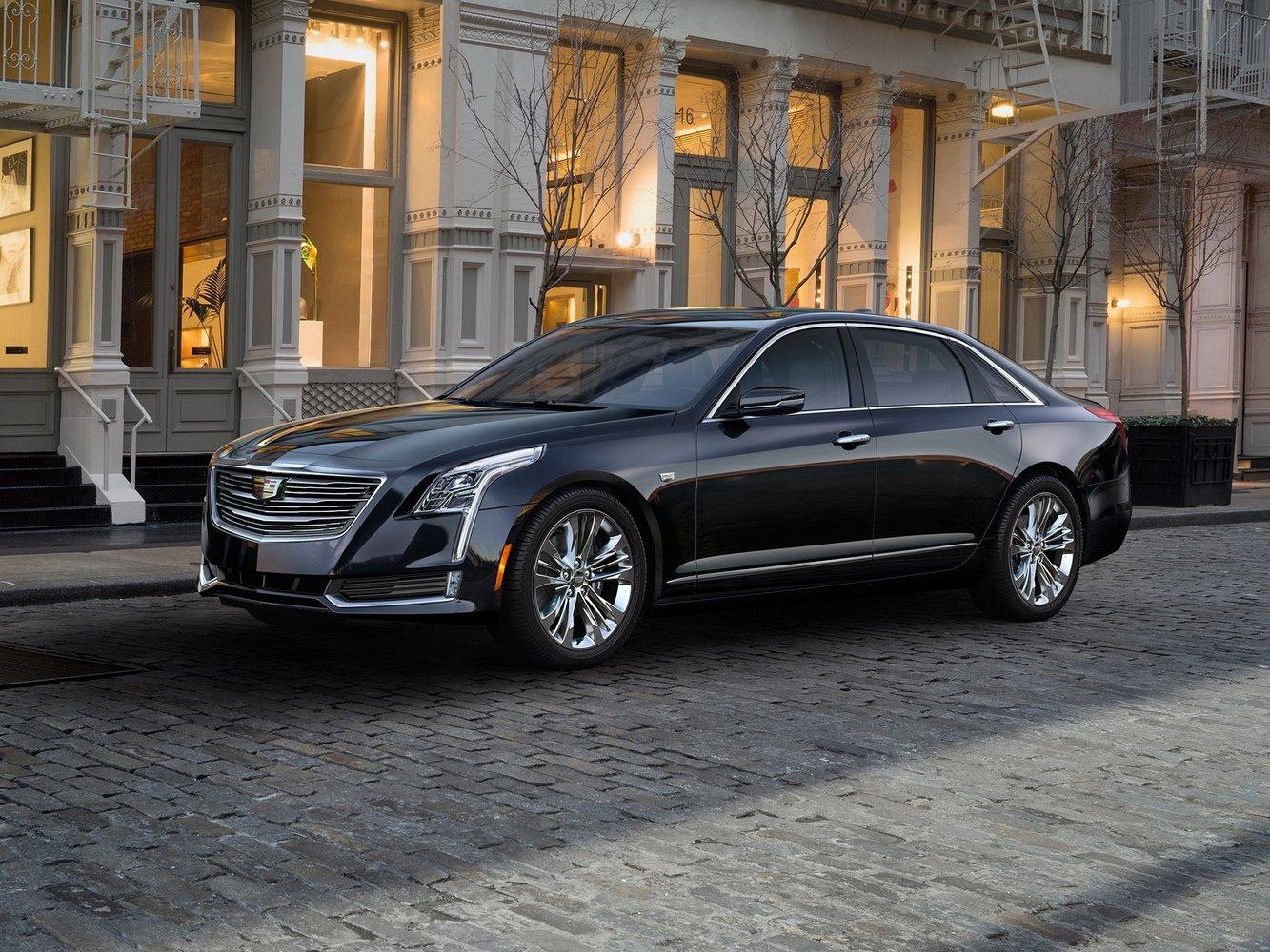 седан Cadillac CT6