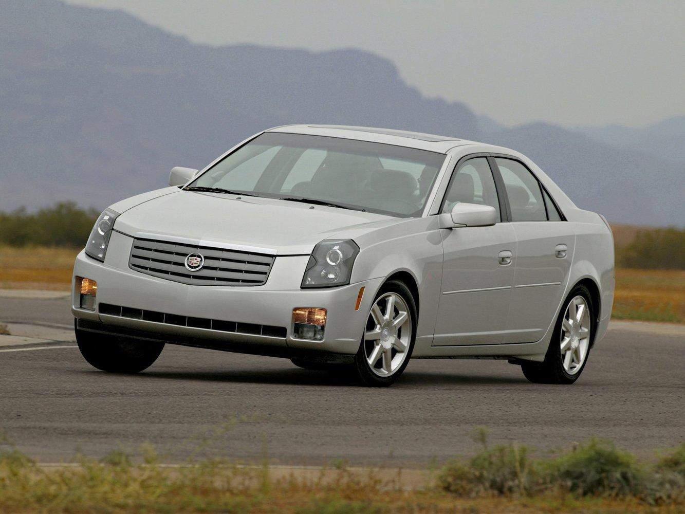 седан Cadillac CTS