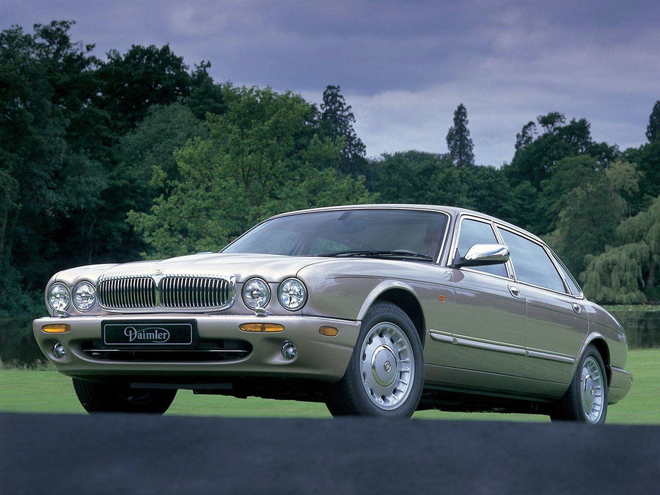 daimler Daimler X308