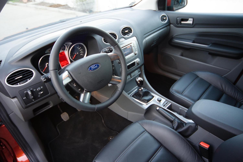 Ford Focus 3 рестайлинг - купить новый Форд Фокус 2016 ...