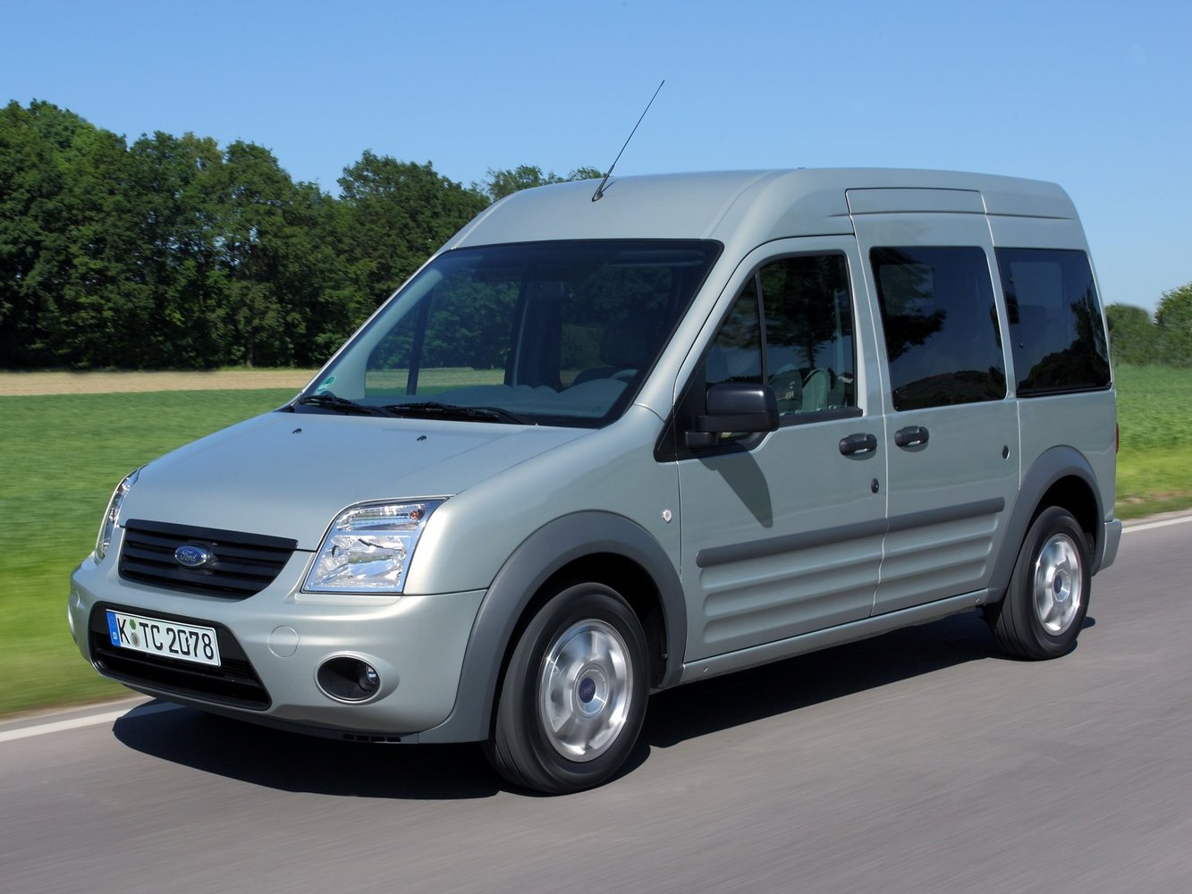 Ford Tourneo Connect 2009 - 2013