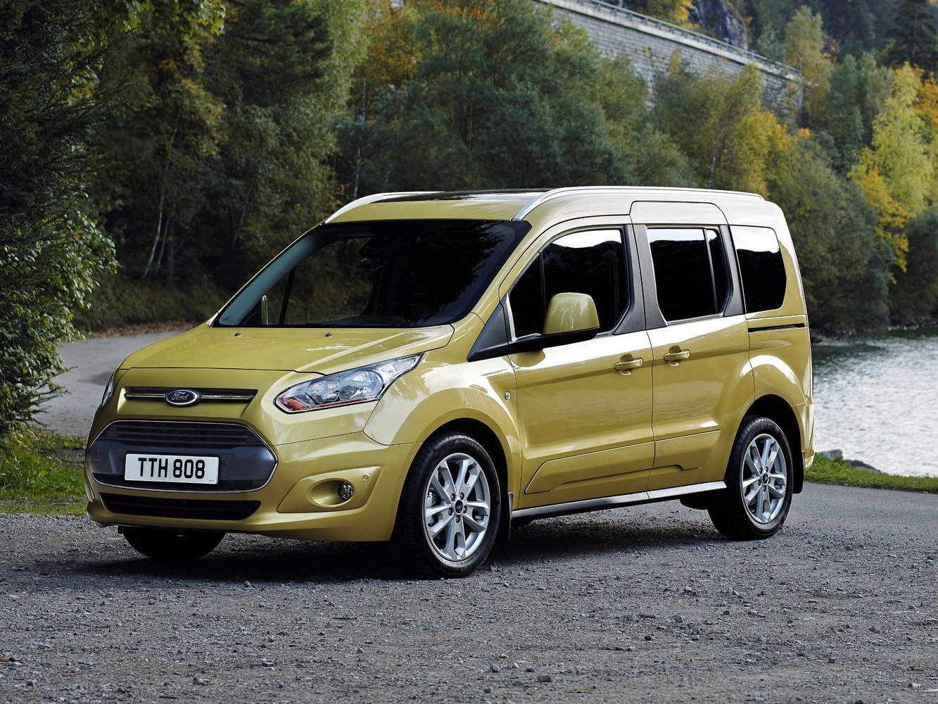 Ford Tourneo Connect 2014 - 2016