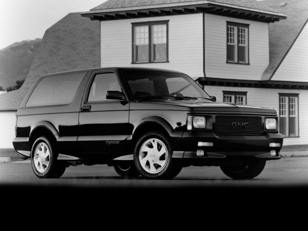 gmc GMC Typhoon