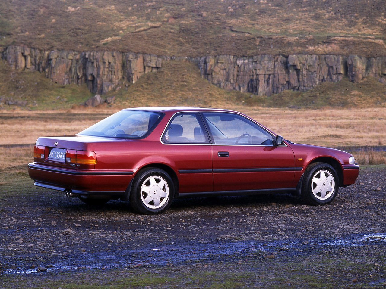 купе COUPE Honda Accord 1990 - 1993г выпуска модификация 2.0 AT (150 л.с.)