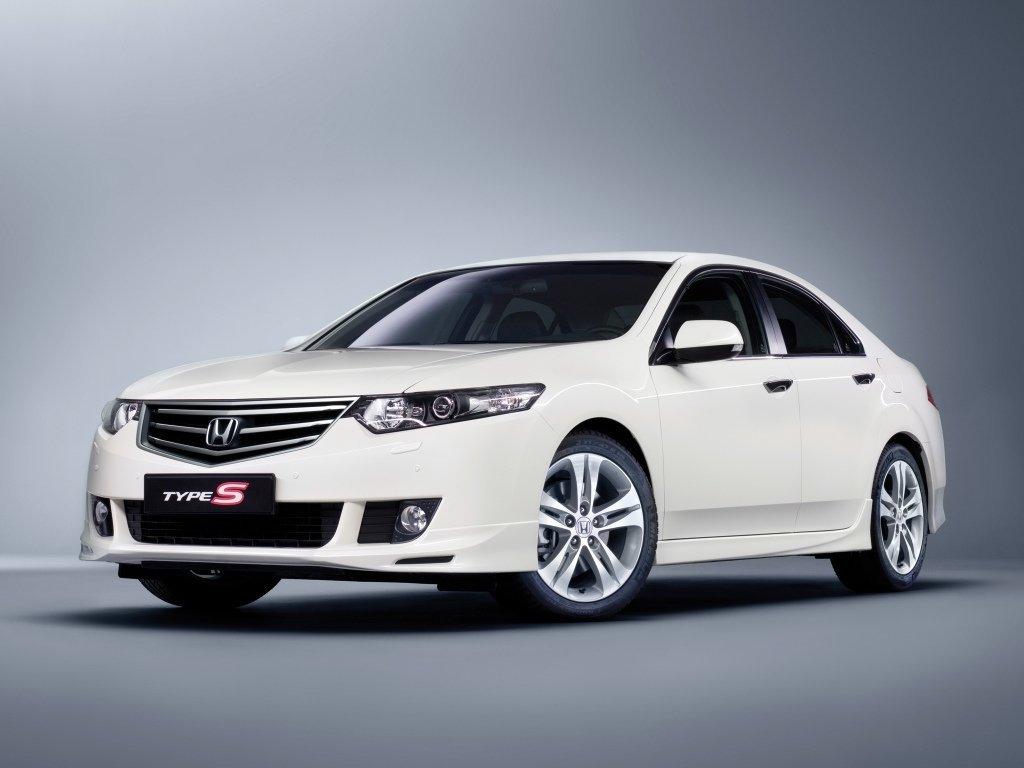 седан Type-S Honda Accord