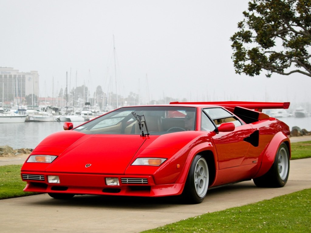 купе Lamborghini Countach