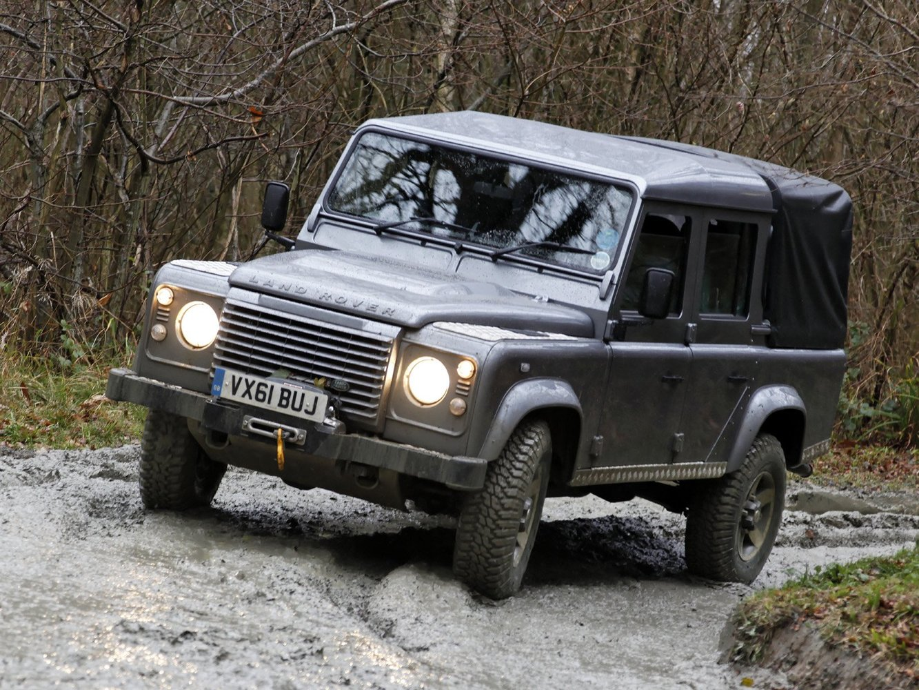 пикап Land Rover Defender