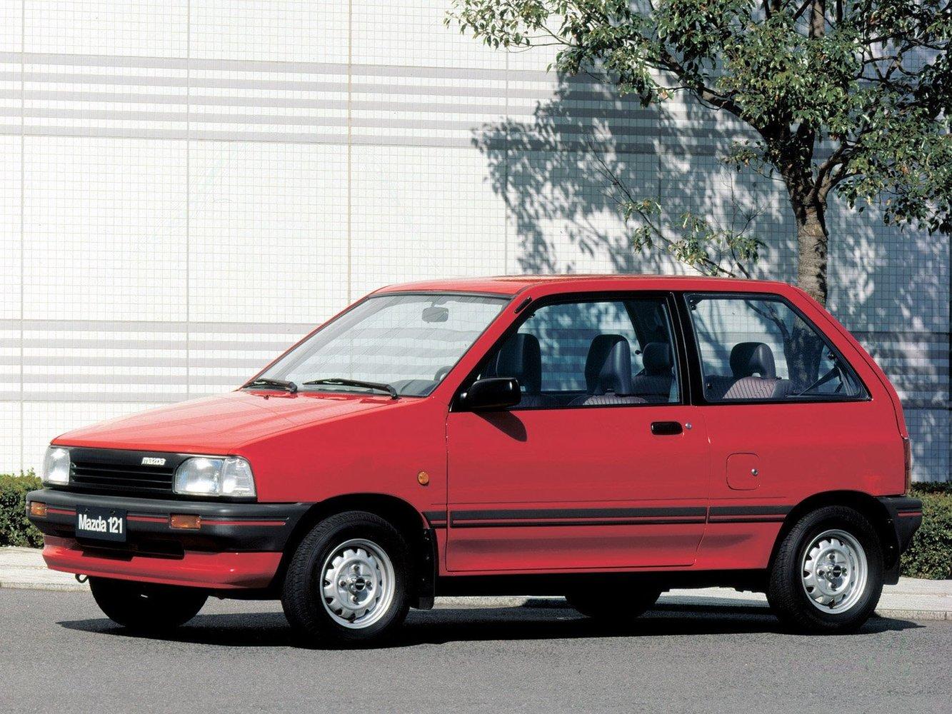 хэтчбек 3 дв. Mazda 121