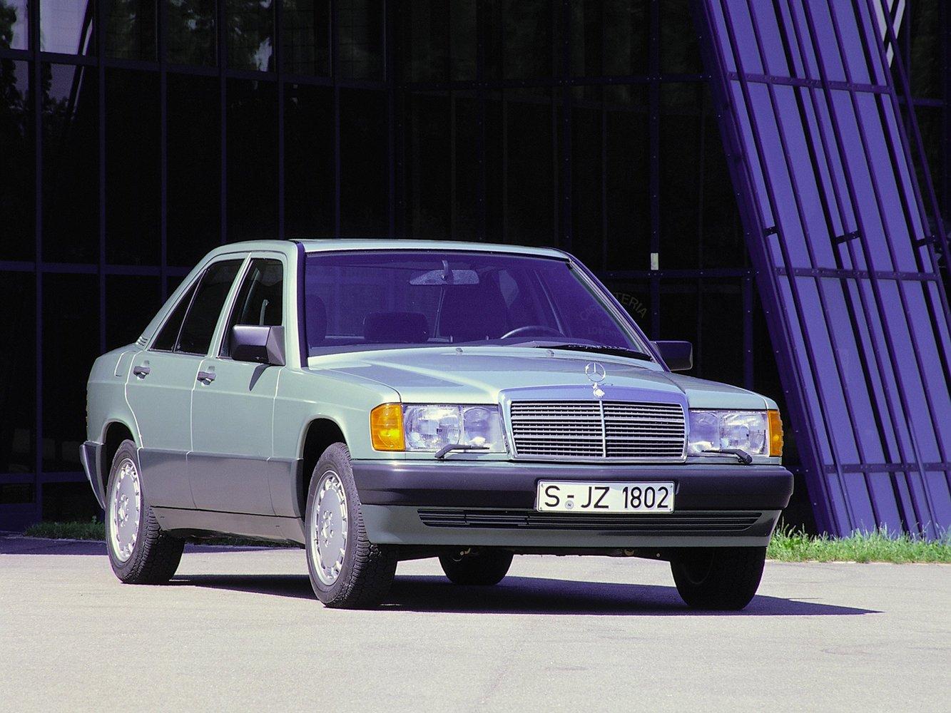 седан Mercedes-Benz 190 (W201)
