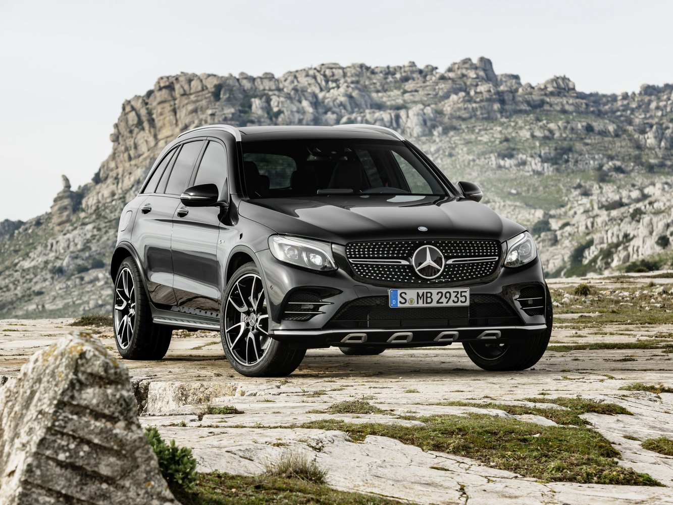 кроссовер Mercedes-Benz AMG GLC