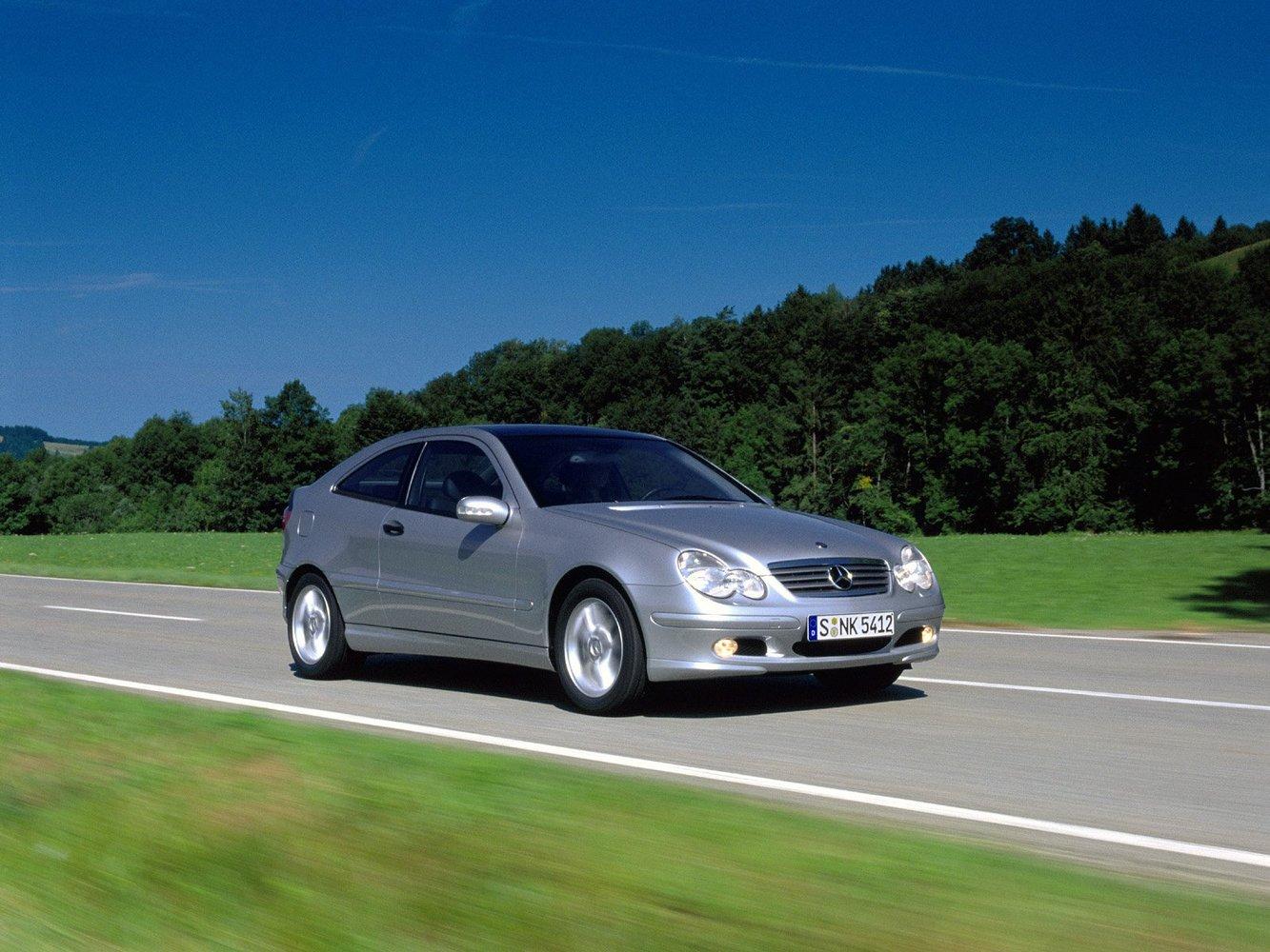 характеристики автомобиля хэтчбек 3 дв Mercedes Benz C Klasse 2000