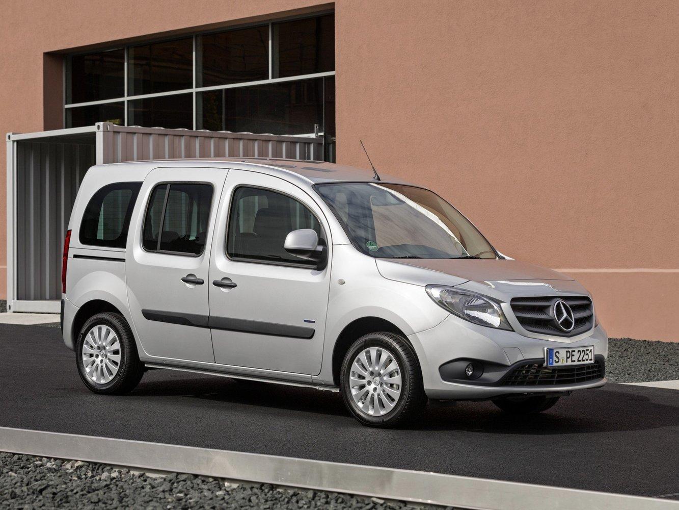 минивэн Mercedes-Benz Citan