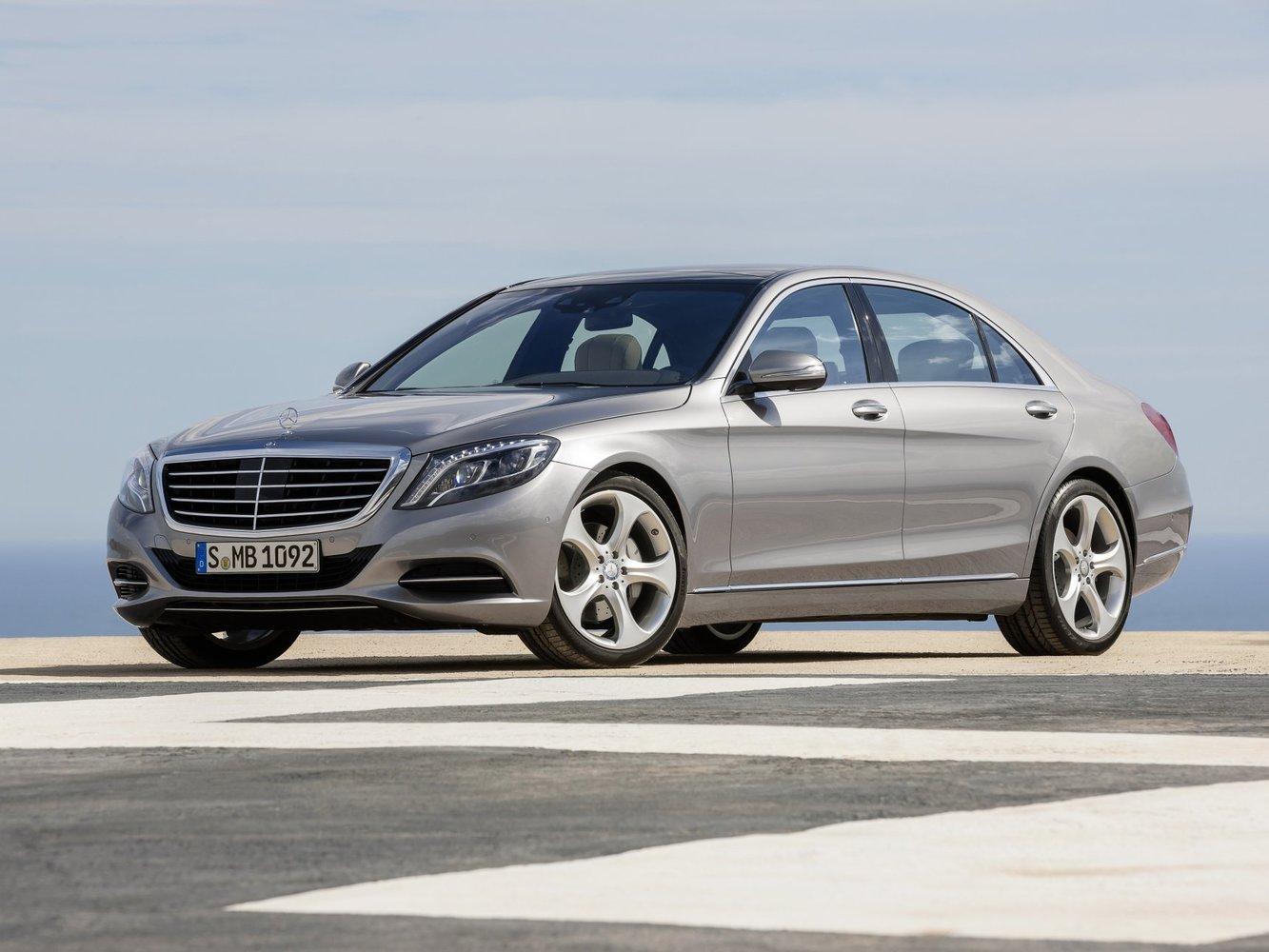 седан Mercedes-Benz S-klasse