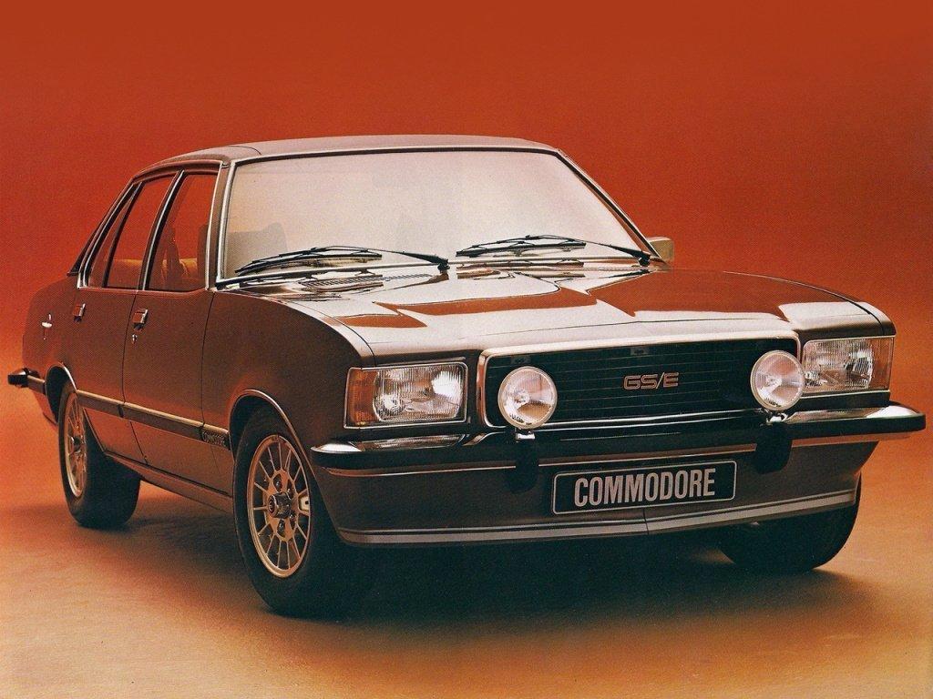 седан Opel Commodore