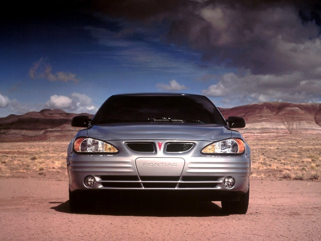 купе Pontiac Grand AM 1998 - 2005г выпуска модификация 2.2 AT (140 л.с.)