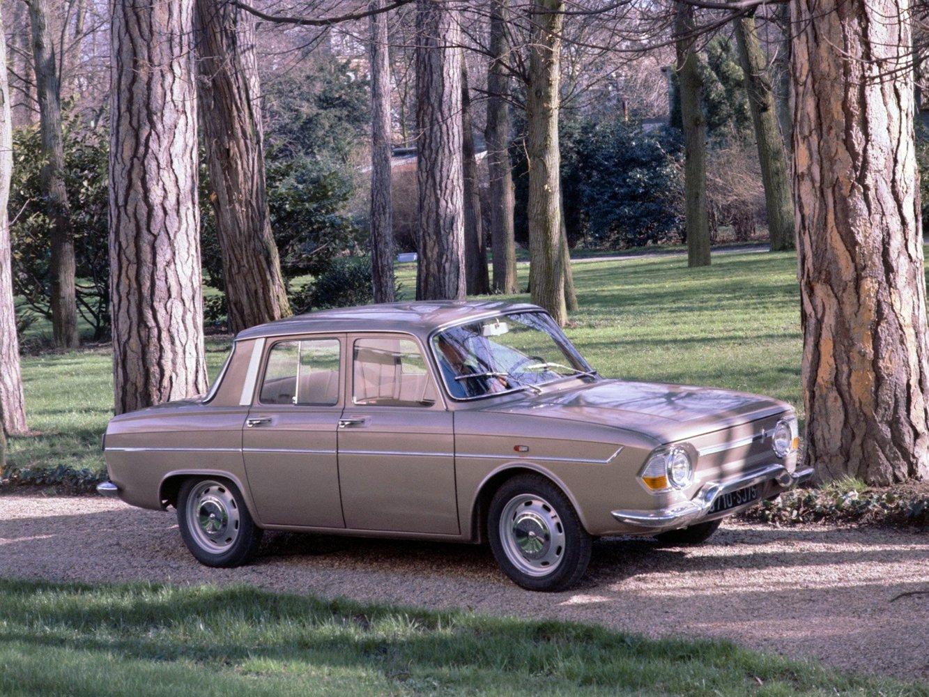 седан Renault 10