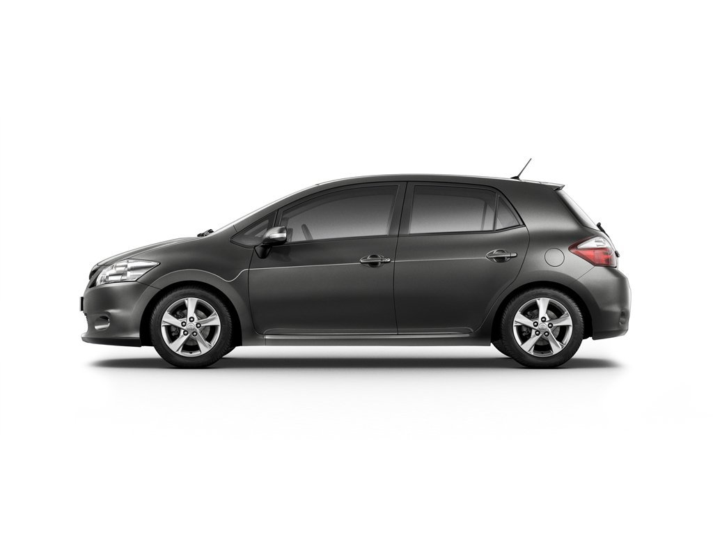 Купить Тойота Аурис цена 2017 🚗 Toyota Auris новый, все ...