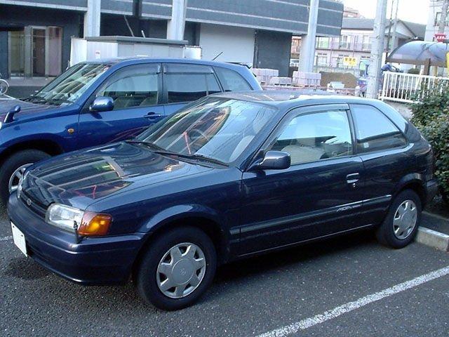 хэтчбек 3 дв. Toyota Corsa