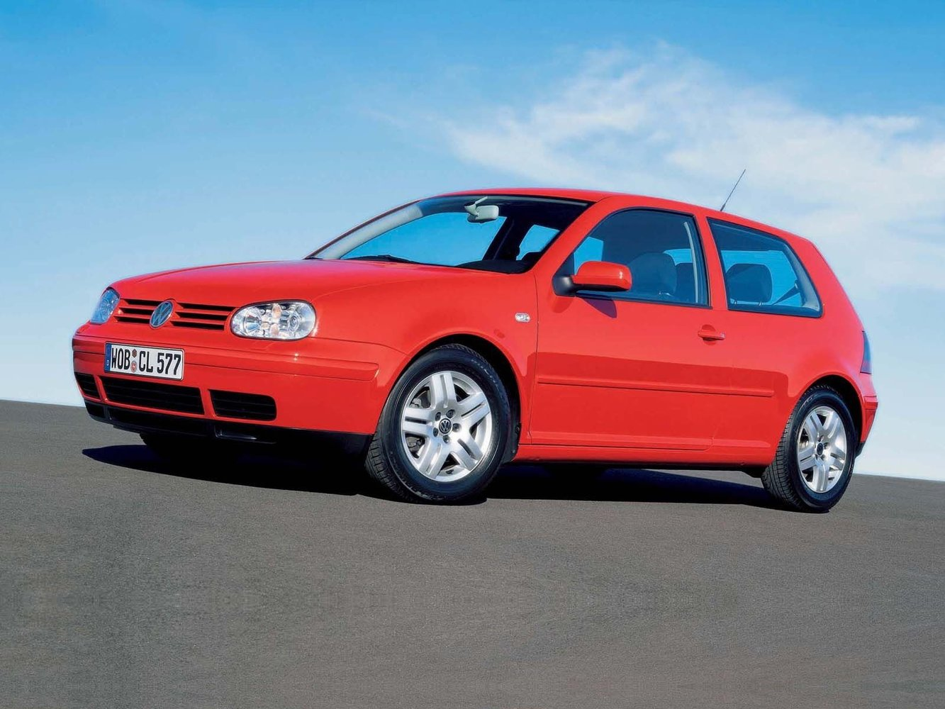 хэтчбек 3 дв. Volkswagen Golf