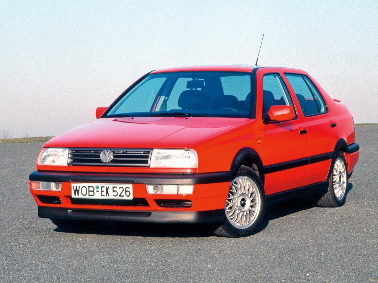 седан Volkswagen Jetta