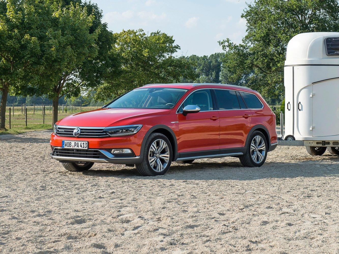универсал Alltrack Volkswagen Passat